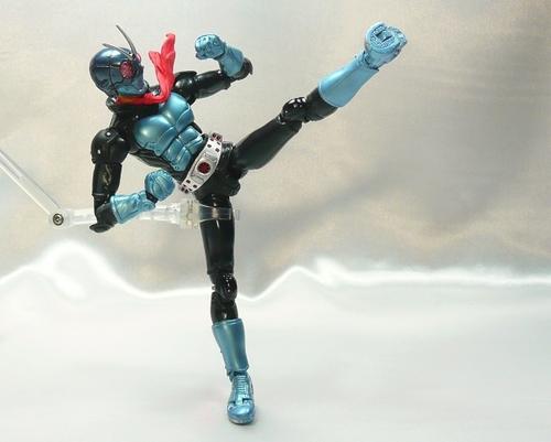 F1号蹴り2.JPG